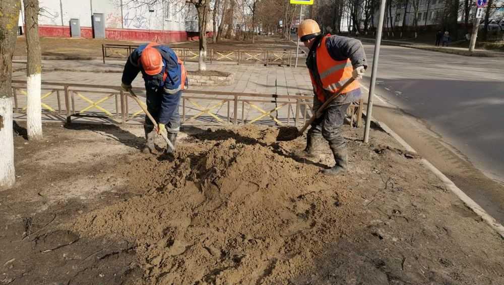 В Брянске подрядчик обязался засыпать провалы в переулке Пилотов