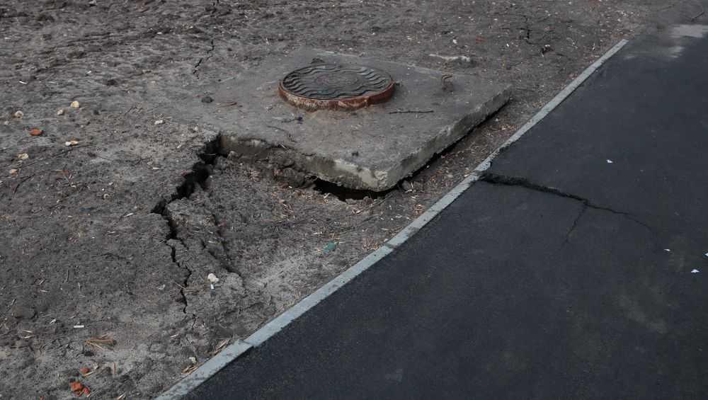 В Брянске подрядчик объяснился за проседания грунта в переулке Пилотов
