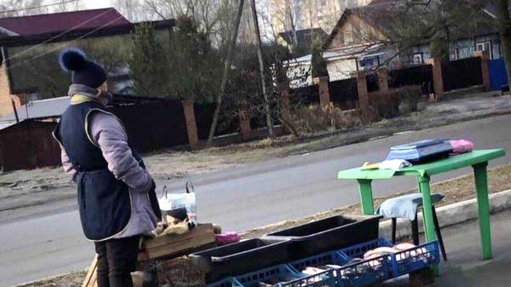 Недовольные брянцы решили добить грустную продавщицу рыбы