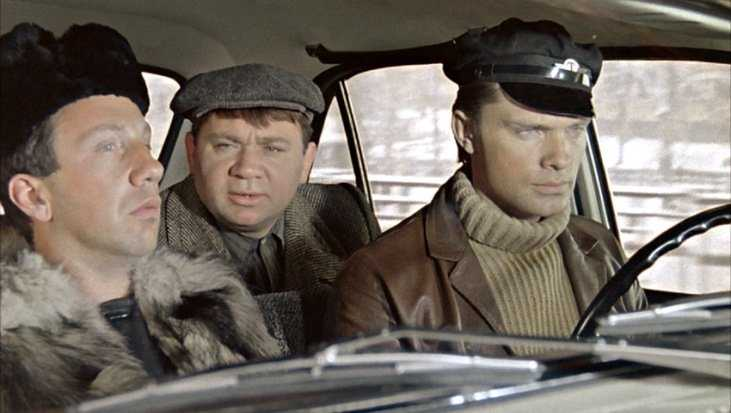 В Брянской области задержали 14 таксистов-нелегалов