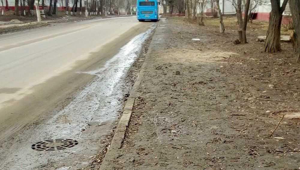 Брянцы пожаловались на отсутствие тротуара в переулке Пилотов