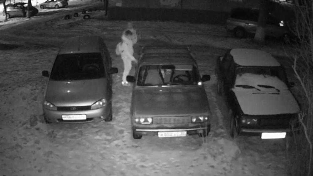 В Брянске сняли видео о похитителях бензина