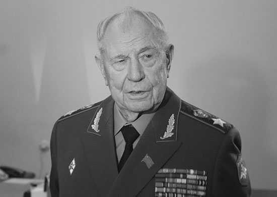 Стало известно, что говорил маршал Язов о Горбачеве, Ельцине и Путине