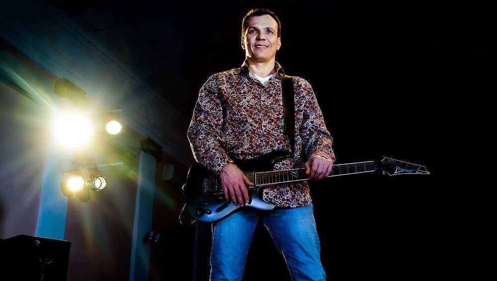 Брянский фотограф в конкурсе песен обошел Баскова и других звезд