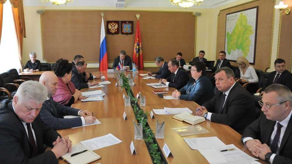 Брянских чиновников и депутатов призвали последовать примеру коллег из Чечни