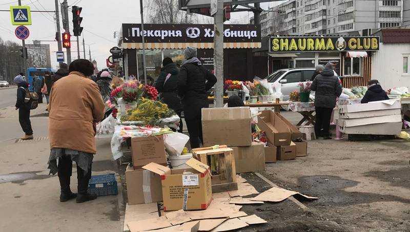 В Брянске перед 8 Марта начался цветочный ажиотаж