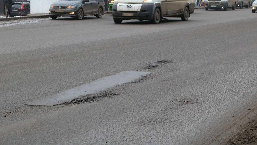 Дефекты на отремонтированных дорогах Брянска исправят к 1 мая