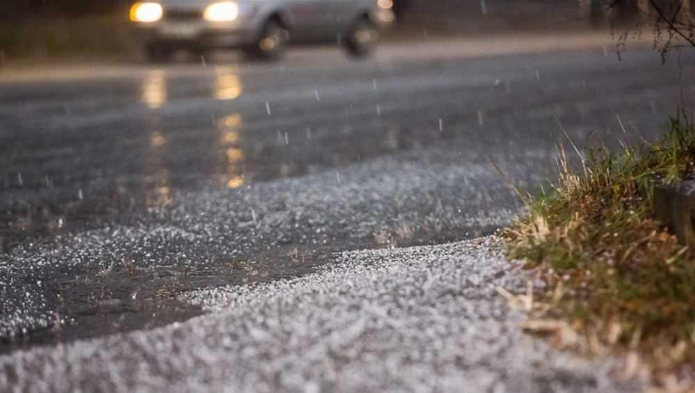 Брянской области завтра пообещали снег, гололедицу и 4-градусное тепло
