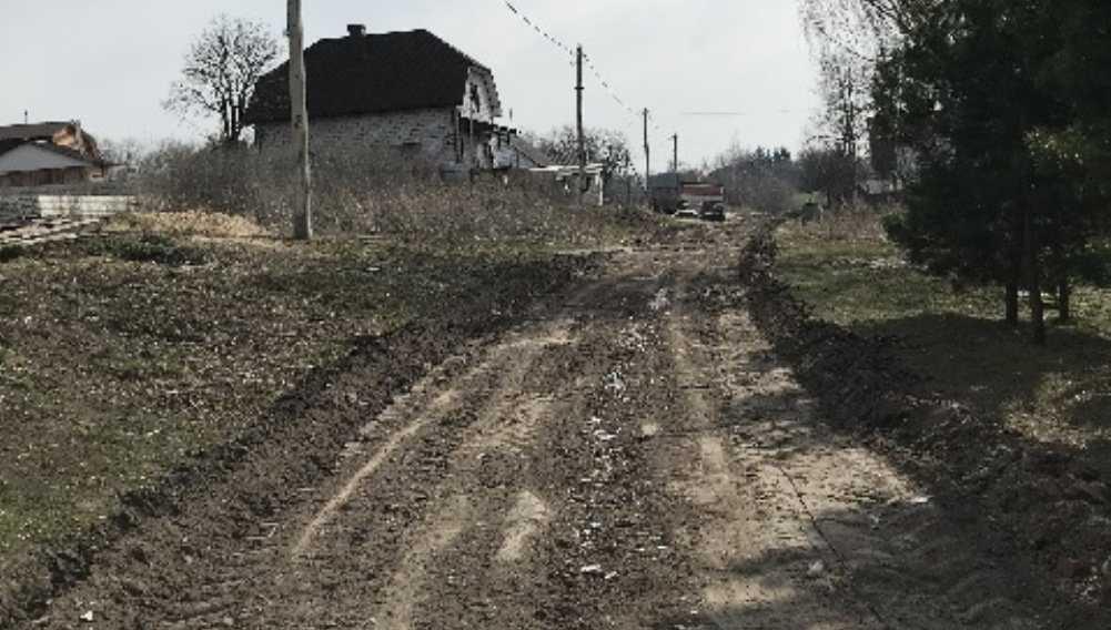 Жирятинским чиновникам велели отремонтировать дорогу в Страшевичах