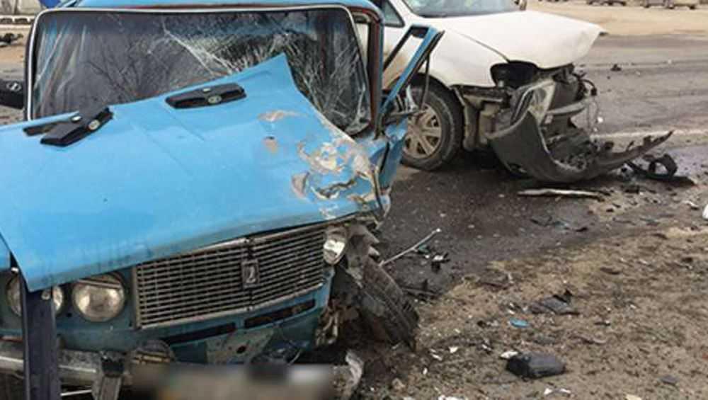В страшной аварии в Сураже погиб водитель и покалечился 4-летний малыш