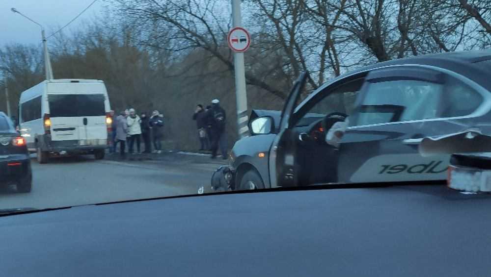 В Брянске в ДТП на Речной пострадала беременная женщина