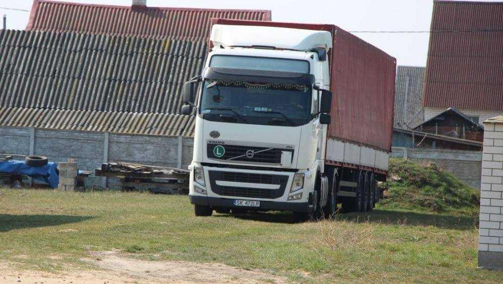 Брянским дальнобойщикам запретили останавливаться в городах Белоруссии
