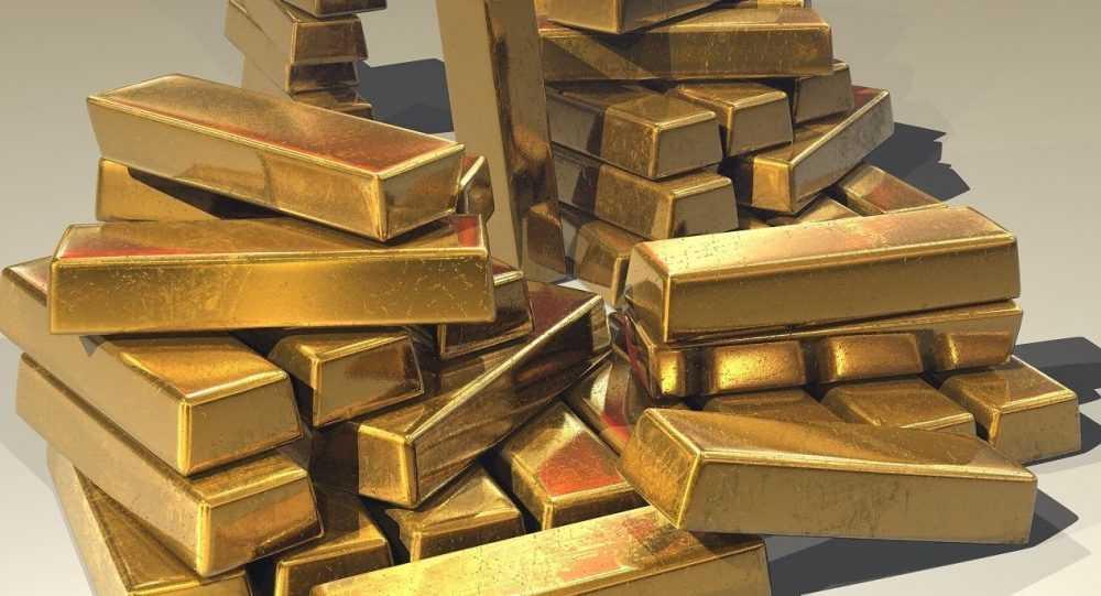 В Лондон из Москвы срочно переправили тонну золота