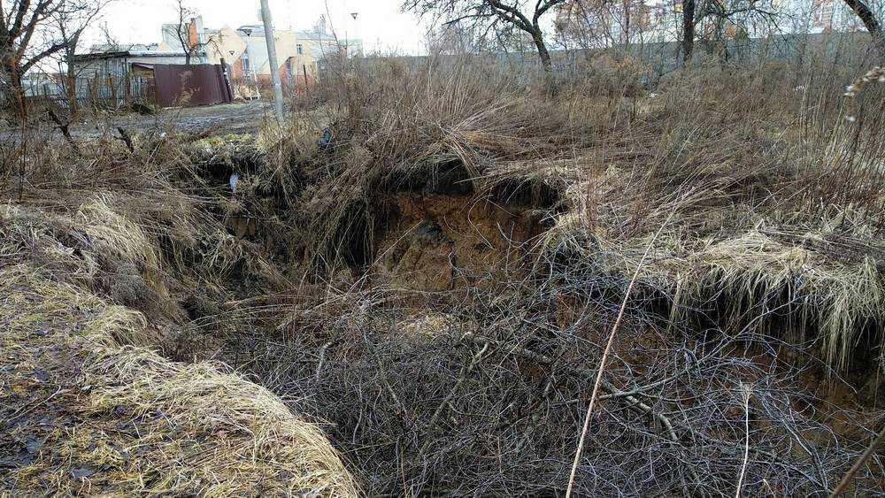 В Брянске объяснили «адский» провал на улице Крахмалева