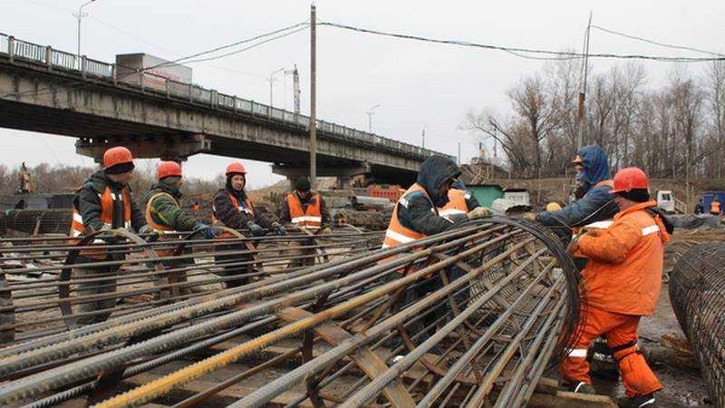 В Брянске строительство Литейного моста пообещали закончить к августу
