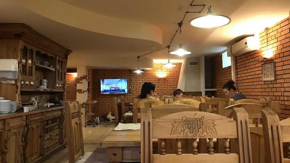 Сегодня в Брянской области возобновят работы кафе и Дома культуры