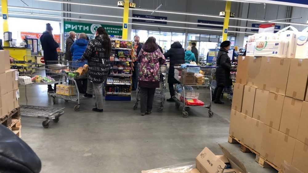 В Брянской области разрешили открыть многие магазины