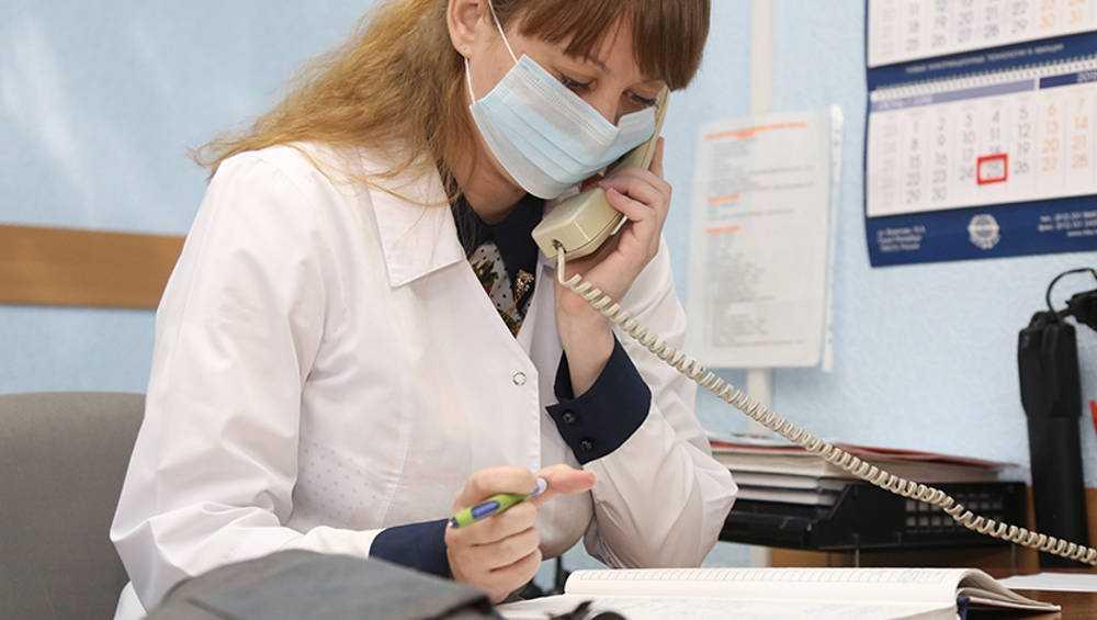 Около тысячи брянцев позвонили на горячую линию по коронавирусу