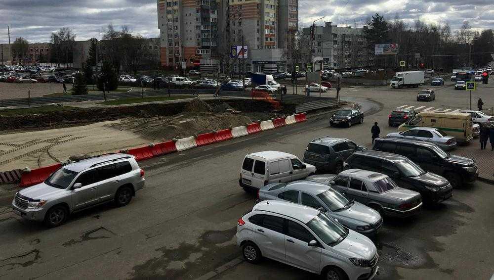 В Брянске проложили ливневку вдоль будущей дороги по Советской