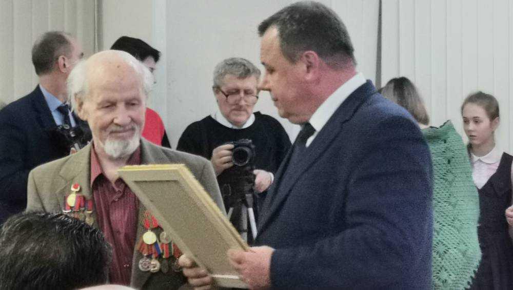 Брянский художник Юрий Махотин отпраздновал 90-летие