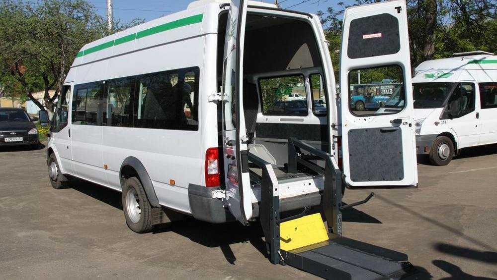 В Брянске будут развивать службу социального такси