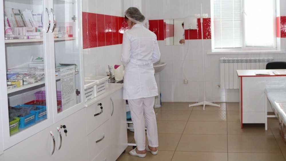 В брянской больнице посетительница украла вещи медсестры