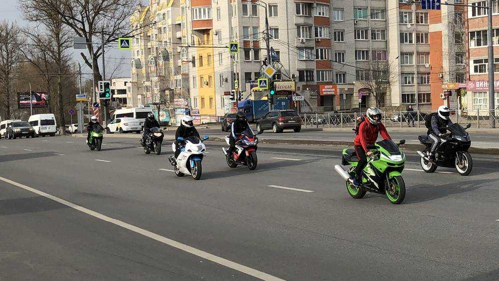 В Брянске за два часа гаишники задержали 6 мотоциклистов-нарушителей