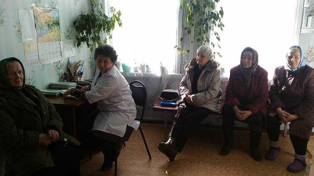 В суземской школе по уходу за пенсионерами рассказали о питании стариков