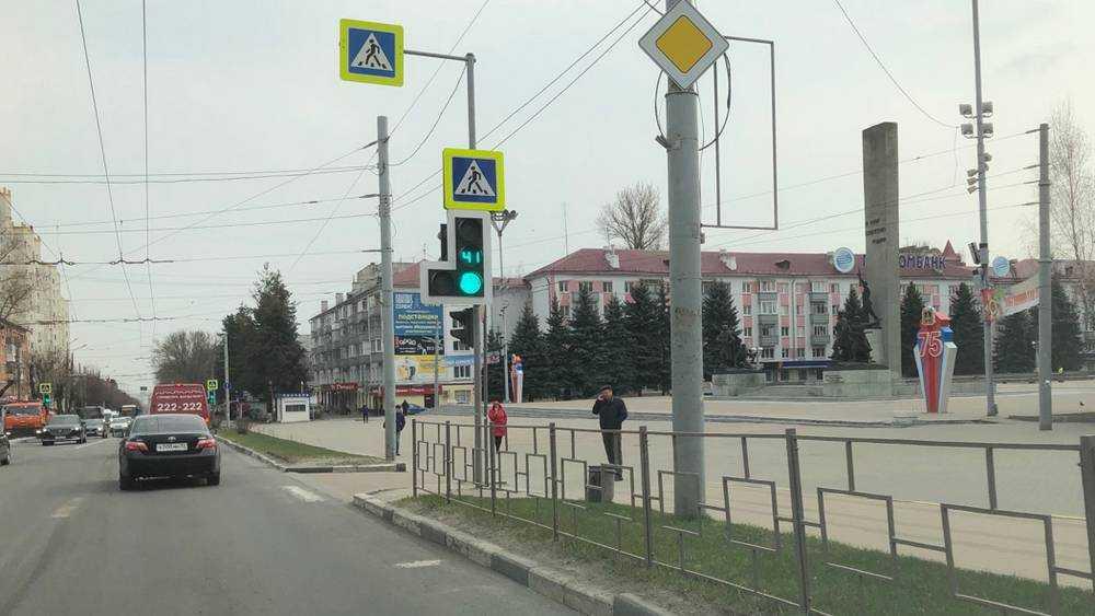 В Брянске из-за коронавируса улицы опустели