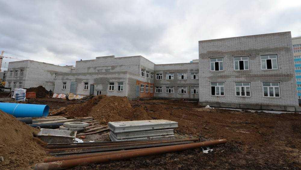 В Брянске в старом аэропорту к осени построят новый детсад