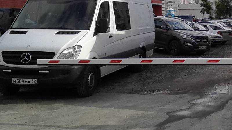 Брянск обрекли на дальнейшие войны за автомобильные стоянки