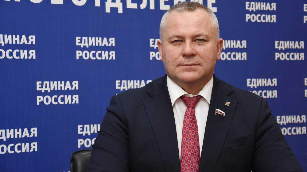 Госдума поддержала законопроект «Единой России» об ограничении роста цен на лекарства
