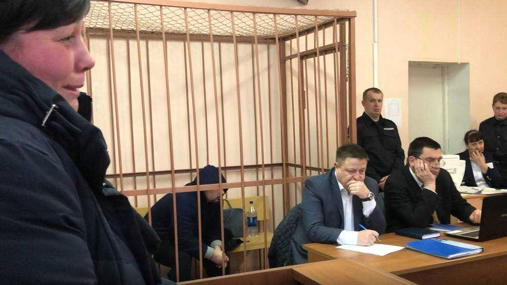 Суд над брянским полицейским Тереховым продолжился скандалом