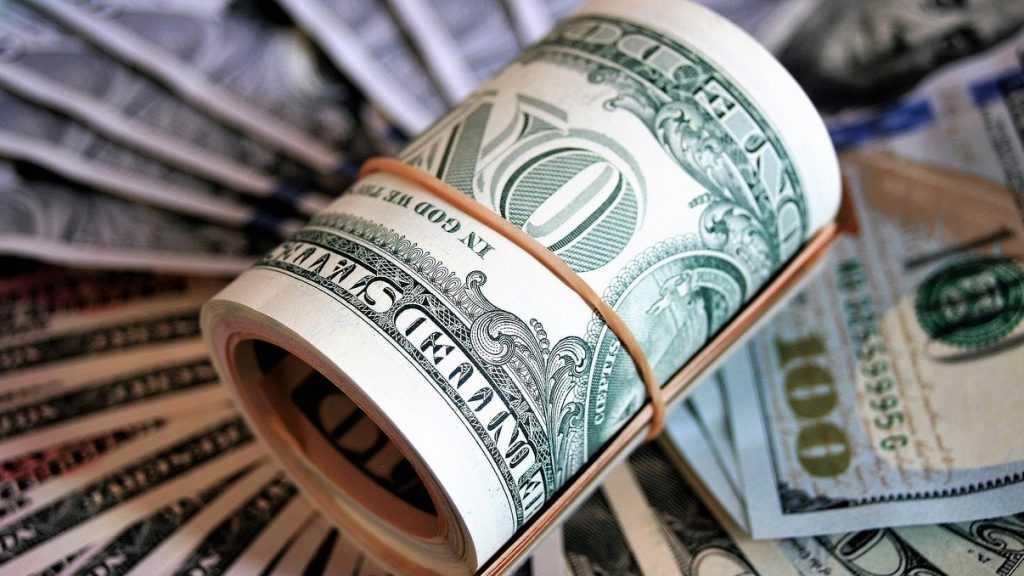 В России резко подорожали доллар и евро