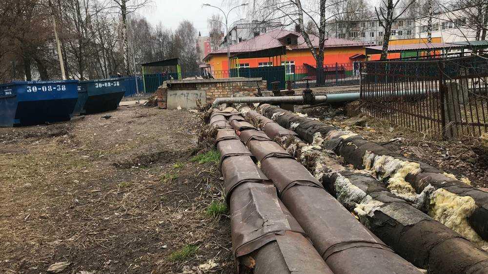 Под приглядом тихих архитекторов коммунальщики изуродовали Брянск
