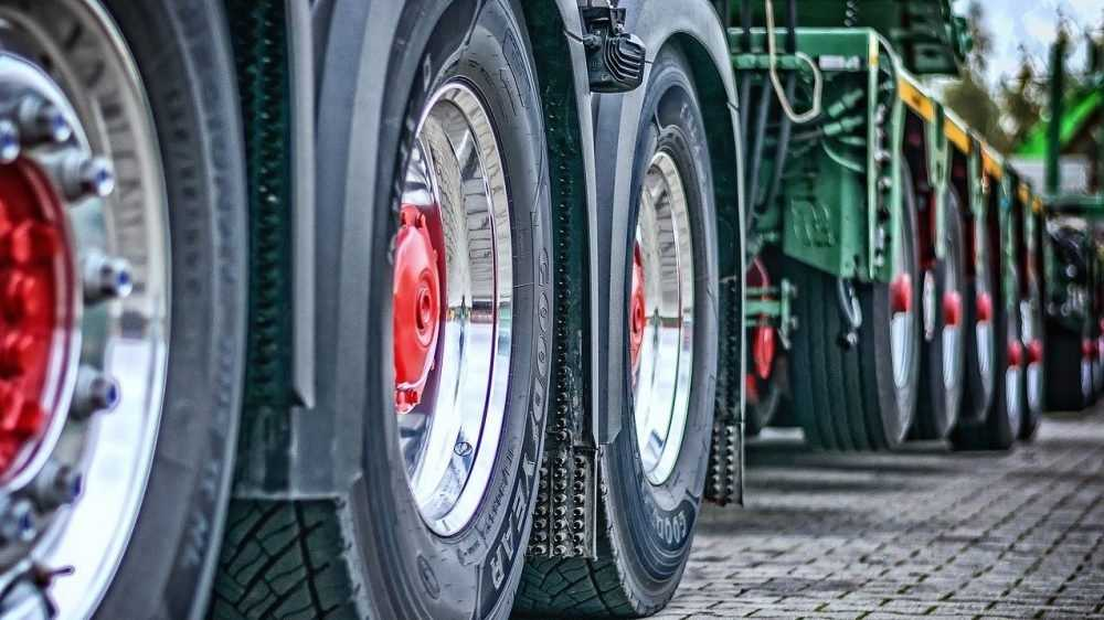 На брянской границе образовалась пробка из 150 грузовиков
