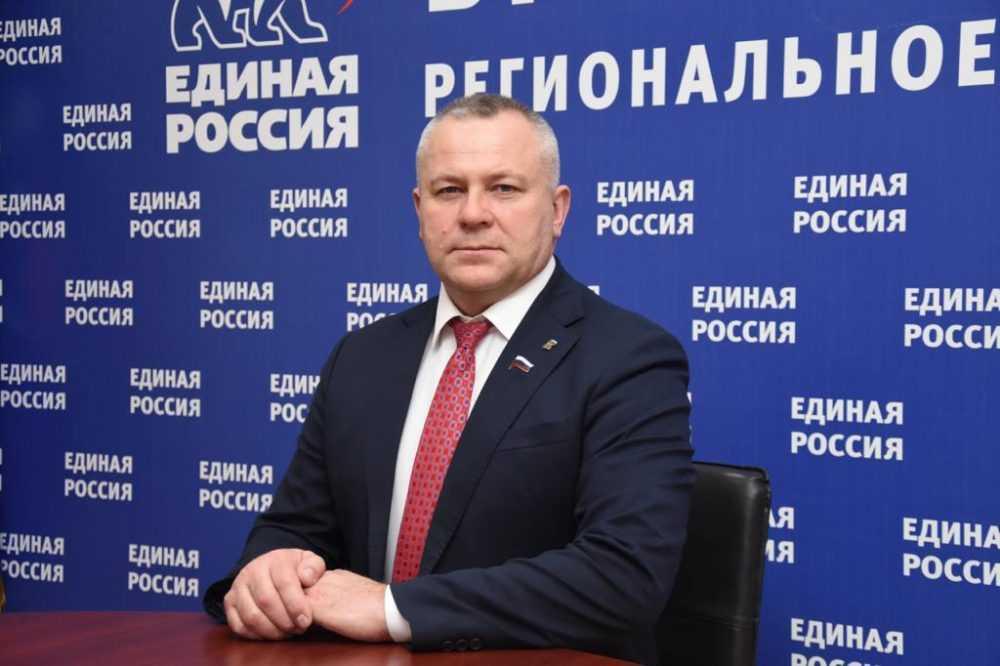 Избран спикером Брянской областной Думы Валентин Суббот