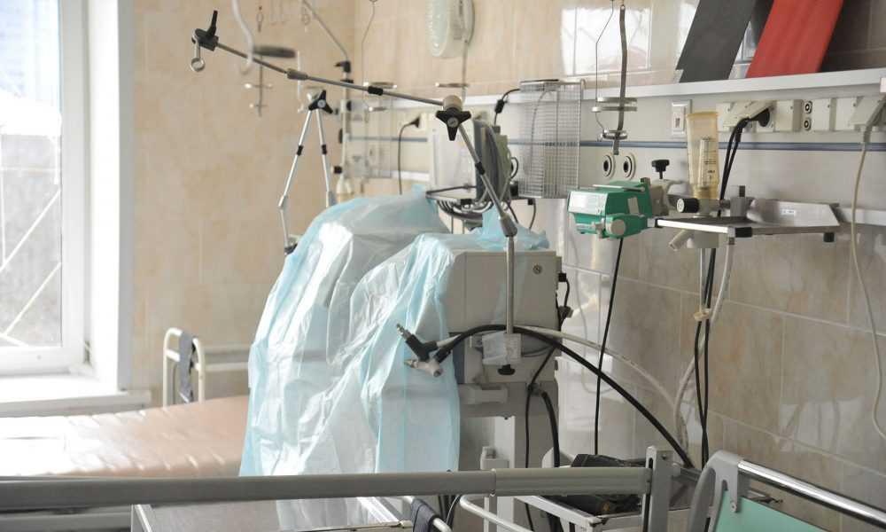 В Брянскую областную больницу поступили 15 аппаратов ИВЛ