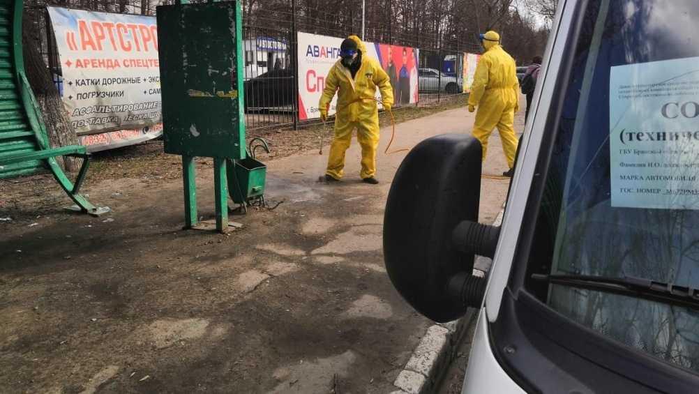 В Брянске из-за коронавируса начали дезинфекцию остановок
