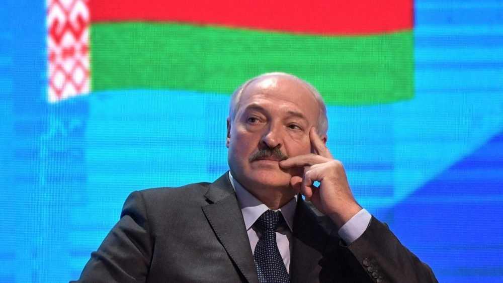 На Лукашенко началось наступление