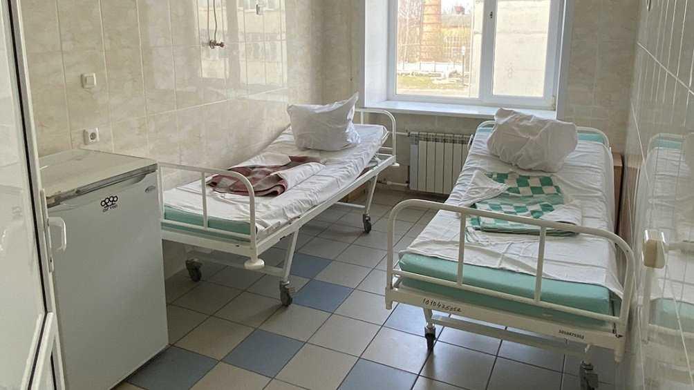 В Брянске выписали троих излечившихся от коронавируса пациентов