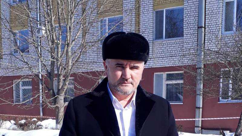 В Брянске заместитель имама Исроил Самиев призвал поддержать врачей