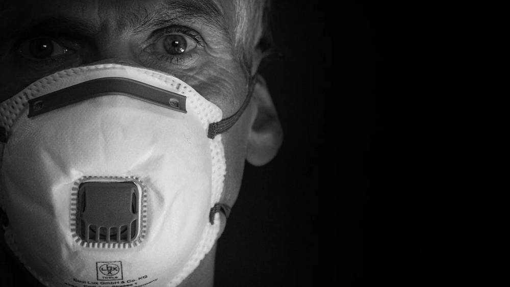 Брянец поставил под угрозу заражения коронавирусом своего ребенка