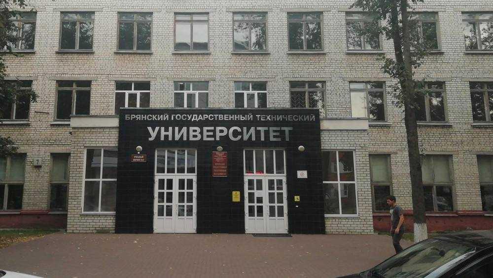 БГТУ вошел в сотню лучших вузов России