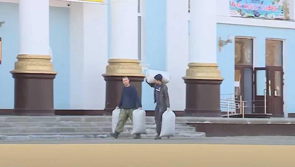 Во Дворце культуры БМЗ возобновился ремонт клубной части