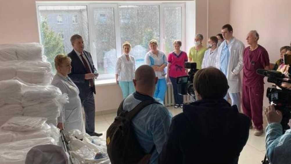 Брянский губернатор осмотрел больницу для зараженных коронавирусом