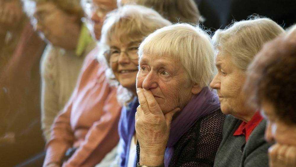 Проект «Старшее поколение» подарил брянцам заботу и тепло