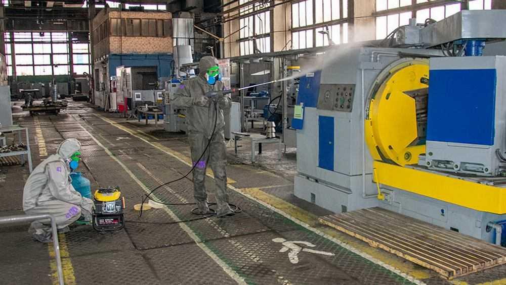 В Брянске на стальзаводе и БМЗ провели дезинфекцию