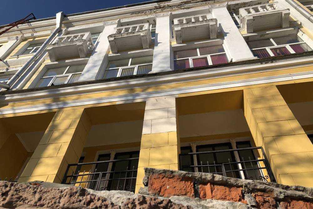 В Брянске ДК Железнодорожников снова потребовал ремонта