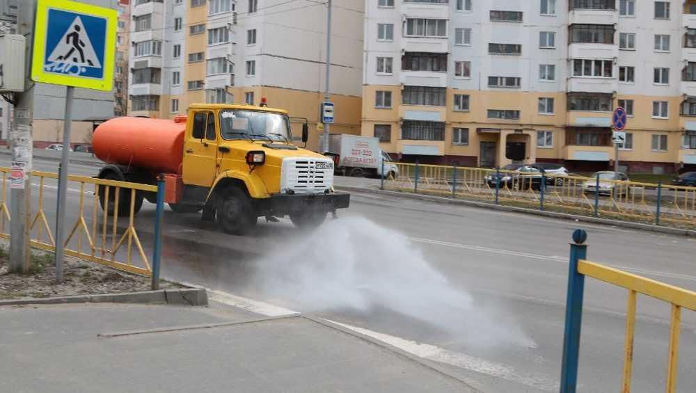 В Брянске началась дезинфекция дорог